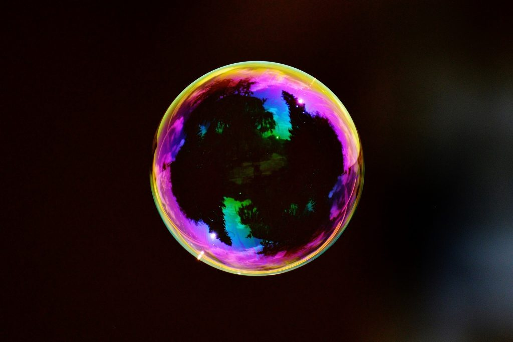 This Conundrum was answered by a bubble. The picture is of a large soap bubble!